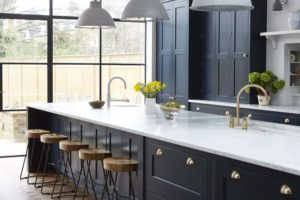 brass-hardware-kitchen