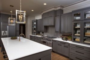grey-kitchen-pendant-lighting