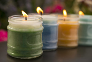 scented-candle-kitchen-dinner-party-hosting